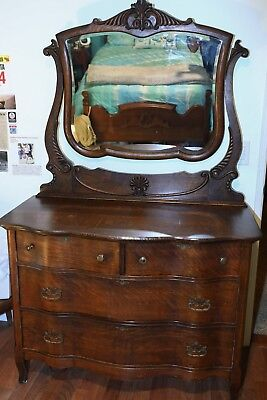 Tiger oak dresser serpentine front w beveled mirror antique