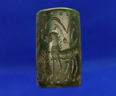 Jade Green Stone Intaglio Sphinx Horse Human Rolling Seal Tube Bead BCB22
