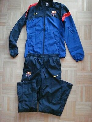 NIKE TRAININGSANZUG GR. XS 128 in rot blau, mit