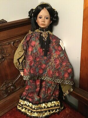 World Gallery Dolls PSL Signed LIMITED EDITION *MINT CONDITION* Height is 29 In