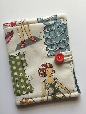 """Needlecase fabric """"Paper doll """"Felt page inside Present Needles Book Quilted New"""