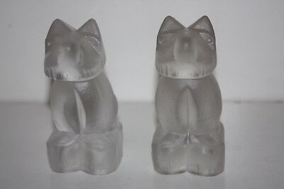 Old Pair of Solid Glass Dog Figures - 11 cm x 5 cm x 5.5 cm  Very Good Condition