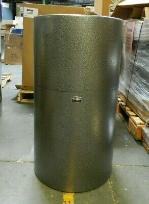 Rubbermaid 35 Gal Silver Round Trash Can FG907900HSILV