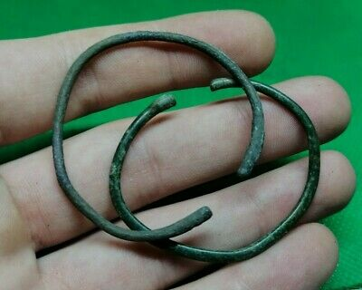 Pair Of Celtic / La Tene Culture Bronze Child Bracelets - 400/200 Bc