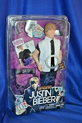 "Justin Bieber Singing doll ""Somebody To Love"" New 2010"