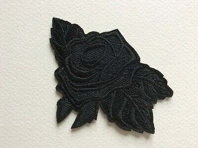 D477 Patch Ecusson Rose Noire 9,5*6,5 Cm