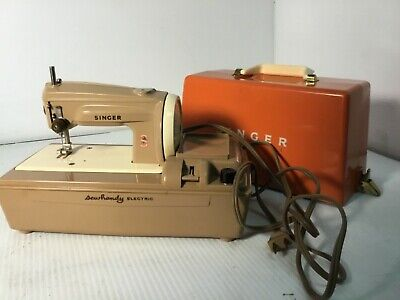 Vintage Singer Sewhandy Model 50 D Child Electric Sewing Machine Works