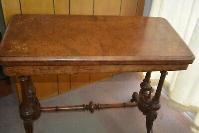 Decorative Figured Golden Walnut Victorian Antique Card/Games Table