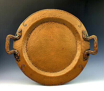 Arts and Crafts Era Craftsman Hand Hammered Copper Platter Charger circa 1910s