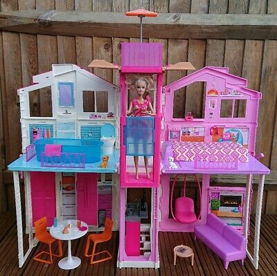 Barbie Luxery 3 Storey Town Dream House + Accessories Rochester Kent ME1