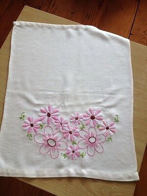 Pretty Vintage Floral Table Mats/x2 Retro/Shabby Chic/Pink/Linen?/Embroidered