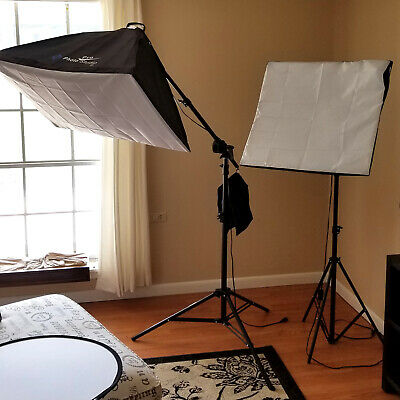 Softbox 2 Light Set, 2 Tripods, 1 Boom Arm, 24 inch Diffuser, Pre-Owned