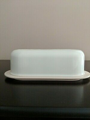 TUPPERWARE  OPEN HOUSE SINGLE STICK BUTTER DISH keeper Almond Beige 2320A-1 Used
