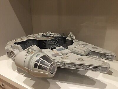 star wars millennium falcon The Legacy Collection 2008