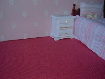 dolls house carpet to clear strawberry