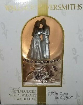 """Wallace Silversmiths Here Comes Bride Wedding Water Globe 6 1/2"""" Silver Plated"""