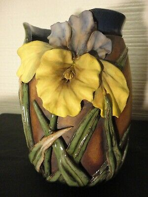 Old Patagonia Signed 1998 Hand Crafted Studio Pottery 3D Vase. 8 Inches Tall.