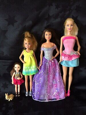 Barbie And Her Sisters Bundle: Barbie, Skipper, Stacie, Chelsea