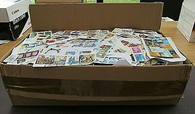 Huge Clln Of World Clippings In Large Box - All Periods Unchecked- Cracking Lot