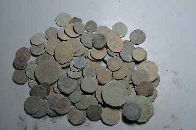 Lot 100 Ancient Roman Bronze Coins (Uncleaned)--3