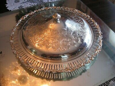 Exquisite Antique  Old English Quality Silver Plate Large Complete Service Dish