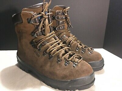 e7aa24e989e LL BEAN HIKING Boots Mountaineering 10 EE Wide Gore-Tex Leather Vibram  Excellent