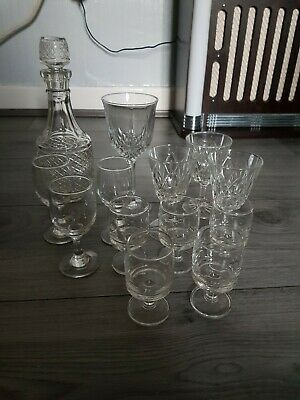Glass Decanter And Glasses Vintage / Retro in very good used condition.
