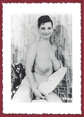 1950's Vintage Nude Photo~Mega Big Breasts Huge Hangers Curvaceous Sultry Pinup