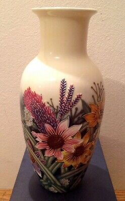 OLD TUPTON WARE HAND PAINTED FLORAL VASE #TW1131 23cm TALL IN ORIGINAL BOX