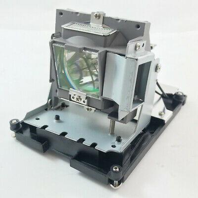 D966HT Vivitek Projector Lamp Replacement Projector Lamp Assembly with Genuine Original Philips UHP Bulb Inside.