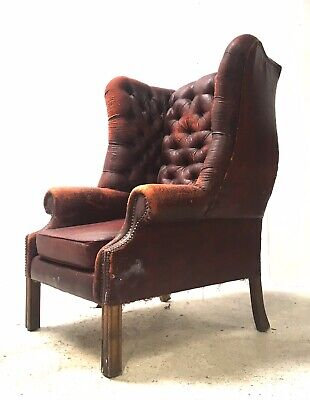 Vintage Chesterfield Style Buttoned Wing Back Club Chair Salon Reading Armchair