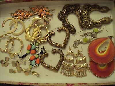 JobLot of earrings costume jewellery different styles great lot 25-5-j2