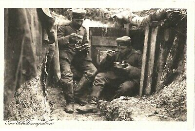 ORIG WW1 GERMAN Photo, Soldiers sitting in Trench - Rifles, Field ...
