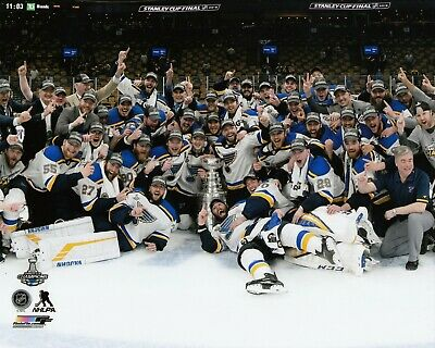 St.Louis Blues 2019 STANLEY CUP CHAMPIONS UNSIGNED 8x10 Photo Team