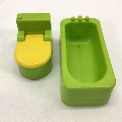 Vintage Fisher Price Little People Lime/ Green Bathtub Toilet Yellow Seat