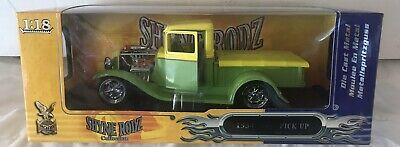 Rare Vintage 1:18 1934 Ford Pick Up Custom Street Rod Shyne Rodz NEON GREEN NIB