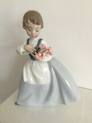 Nao By Lladro Figurine Of Young Girl Gathering Flowers