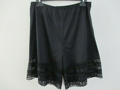 Vintage Velrose 100% Nylon  Bloomers Panties Pettipants Black Medium Usa Made