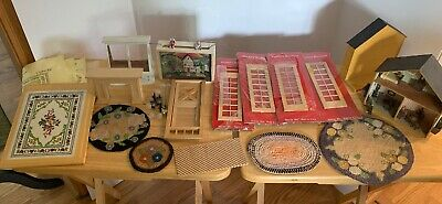 Lot of Miniature Dollhouse Wooden Windows, Carpet Rugs Furniture Marionette