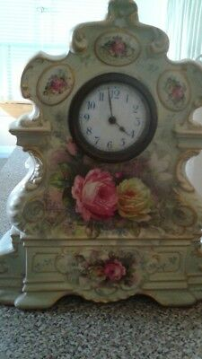 Lovely Vintage Victorian Mantle Clock (Really Nice!!)