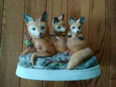 Vintage Mid Century Bisque Porcelain MAMMA FOX AND TWO BABY CUBS