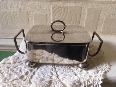 Walker & Hall Lidded Dish Silver Plate Circa 1903 Sheffield England