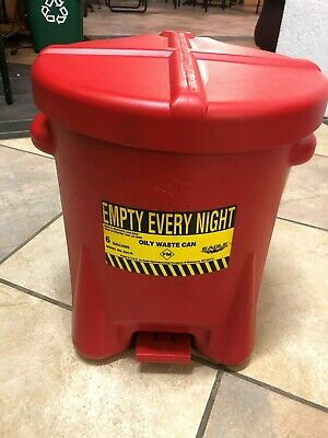 Eagle 933-FL Oily Waste Can 6 Gal. Polyethylene - Red w/Foot Lever