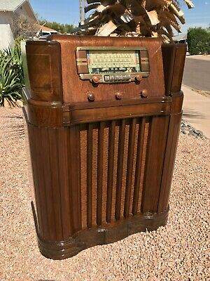 RADIO SALE! General Electric GE LF-115 Antique Floor Console Radio Vintage WORKS