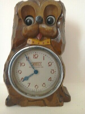 """Vintage """" Moving Eyes"""" Doggy Clock,Nice Condition,Working Order."""