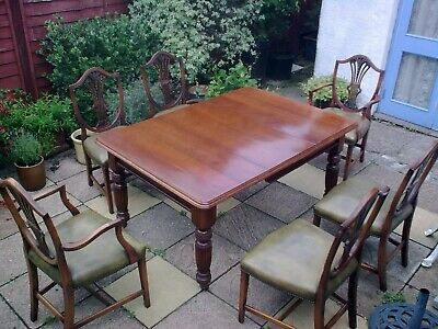 Lovely Antique Late Victorian / Edwardian Extending Table and 6 Dining Chairs