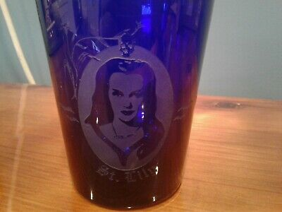 Lily Munster ~ Yvonne De Carlo! ~ Blue Eched Drinking Glass. Rare Halloween