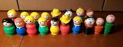 Vintage Fisher Price Little People Mom Dad Cowboys Dogs Girls/ Boys Wood/Plastic