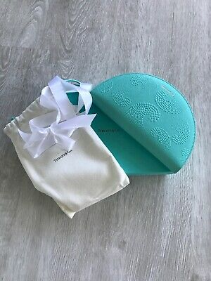 New Tiffany & Co. Tiffany Blue Leather Wave Clutch ZIP Wallet. Gift Ready!