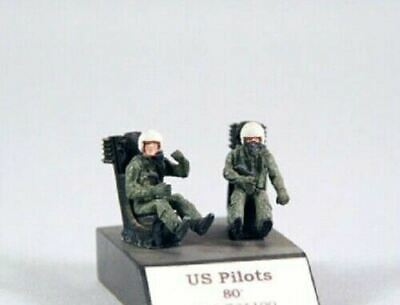 PJ Production 721113 1//72 Modern Soviet pilotes assis Resin figures